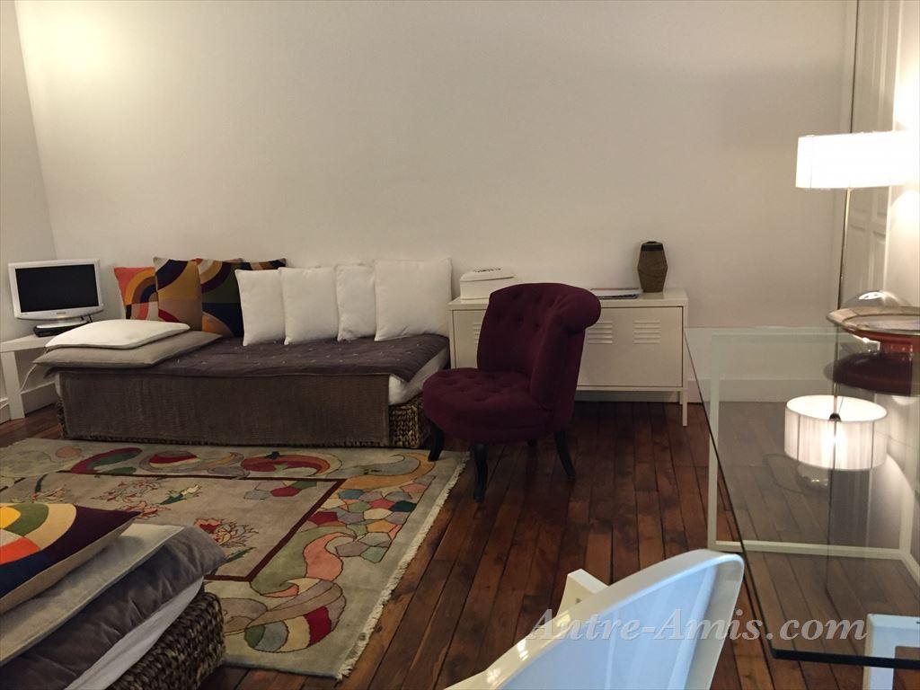 appartement 5765 appartement le marais 3i me et 4i me paris france maisons et appartements. Black Bedroom Furniture Sets. Home Design Ideas